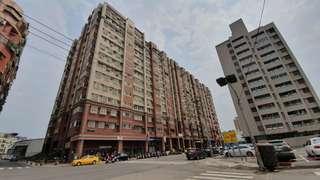 租  鼎中商圈21米鼎新路上大面寬1+2樓店面0983331666徐先生