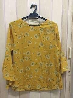Yellow Fancy sleeve flowery top