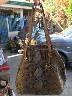Preloved Michael Kors (MK) Bag