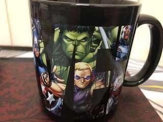 Marvel Avengers color changing cup