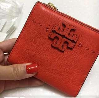 Tory wallet-orange colour