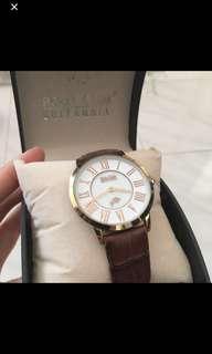 💯 authentic Polo Club with warrenty card(Women's watch)