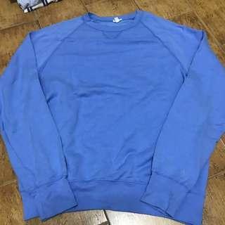 🚚 Sale: BN Brandy Melville blue Kia fleece sweatshirt / sweater
