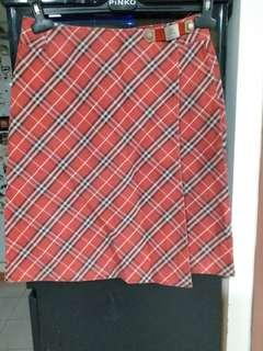 BURBERRY  紅格仔牛仔半截裙