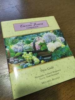 🚚 The Country Flower Companion by Tricia Guild