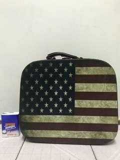 U.S.A 復古硬盒箱 Vintage cosmetic Bag/ travel bag