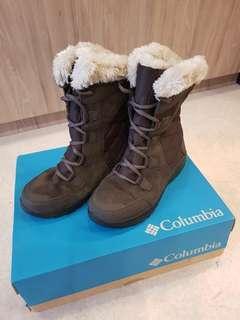 Columbia Women's Sierra Summette IV Winter Boot, Cordovan, Tusk