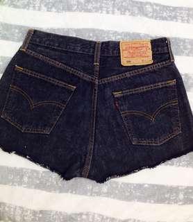 🚚 LEVI STRAUSS 501 牛仔短褲