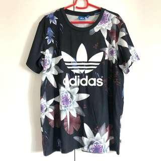🚚 Adidas Originals Women Tee