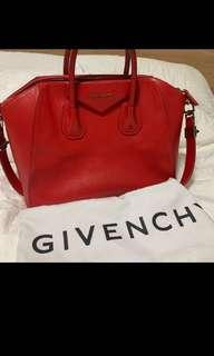 Givenchy Antigona bag (medium)