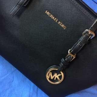 REPRICED Michael Kors bag