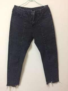 🚚 Aa.chic 顯瘦直筒牛仔褲