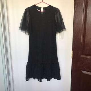 Black lace dress M