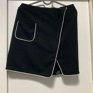 White outline black skirt