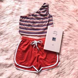 NEW ‼️ one shoulder crop top & shorts ~ setelan atasan garis-garis dan celana merah