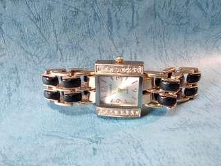 chaoyada 石英 鑲石 女庄錶