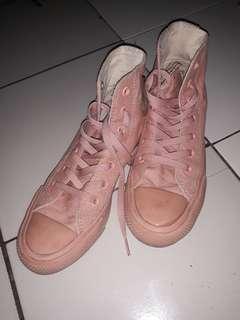 converes taylor nude pink