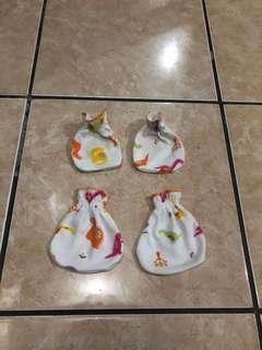 3 Set Sarung Tangan Kaki Bayi