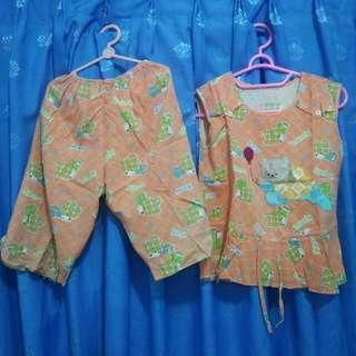 Baju Tidur Anak Perempuan Jingga Tanpa Lengan Batik Adem Piyama Bekas Second Preloved Murah
