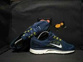 Nike vomero 7 harga baru mahal