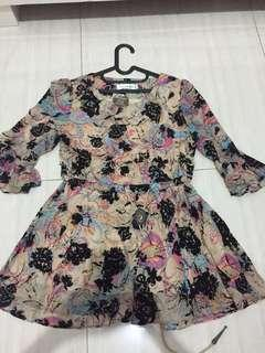 BLOUSE / DRESS MOTIF YILINGE