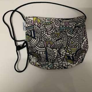 ZacxZaini sling bag