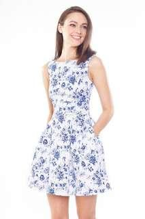 🚚 Porcelain Dress