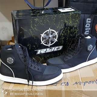 Original brand RYO light boots riding boots wasap.my/60126135416