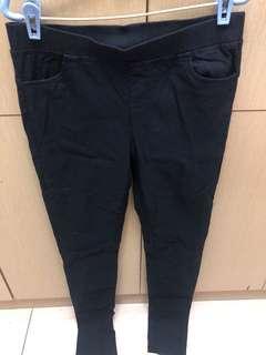 🚚 深藍色窄管長褲