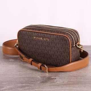 🚚 (INSTOCK)Authentic MK Michael Kors Connie Sling Crossbody Camera Bag