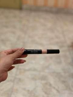 Revlon photoready never been used shade 003