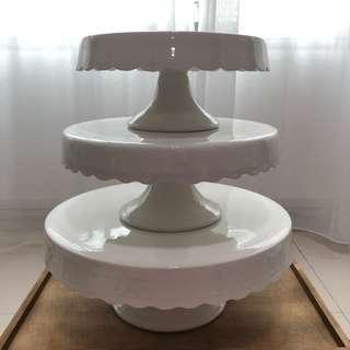 [For Rent] Ceramic Cake Stand
