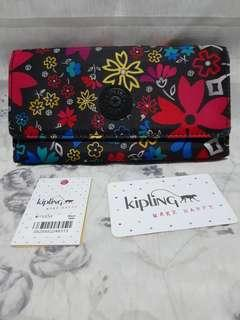 Repriced!Authentic Kipling New Teddi print snap wallet