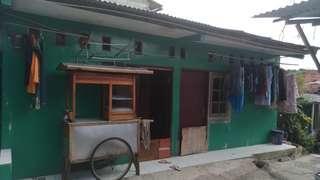 Dijual rumah kontrakan Di daerah jagakarsa jakarta surat AJB luas tanah 27 M 300 jt per pintu