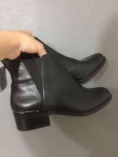 Berskha Ankle Boots