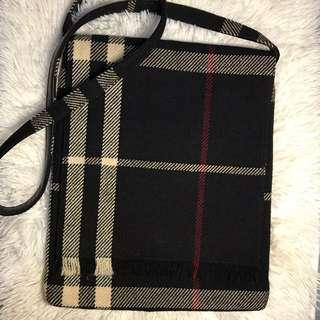 Vintage Burberry Sling Bag