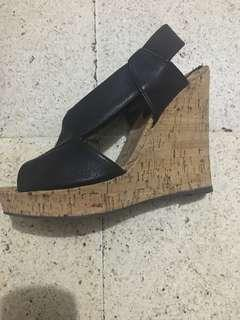milano wedge