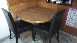 🚚 Dinning table with 2chairs