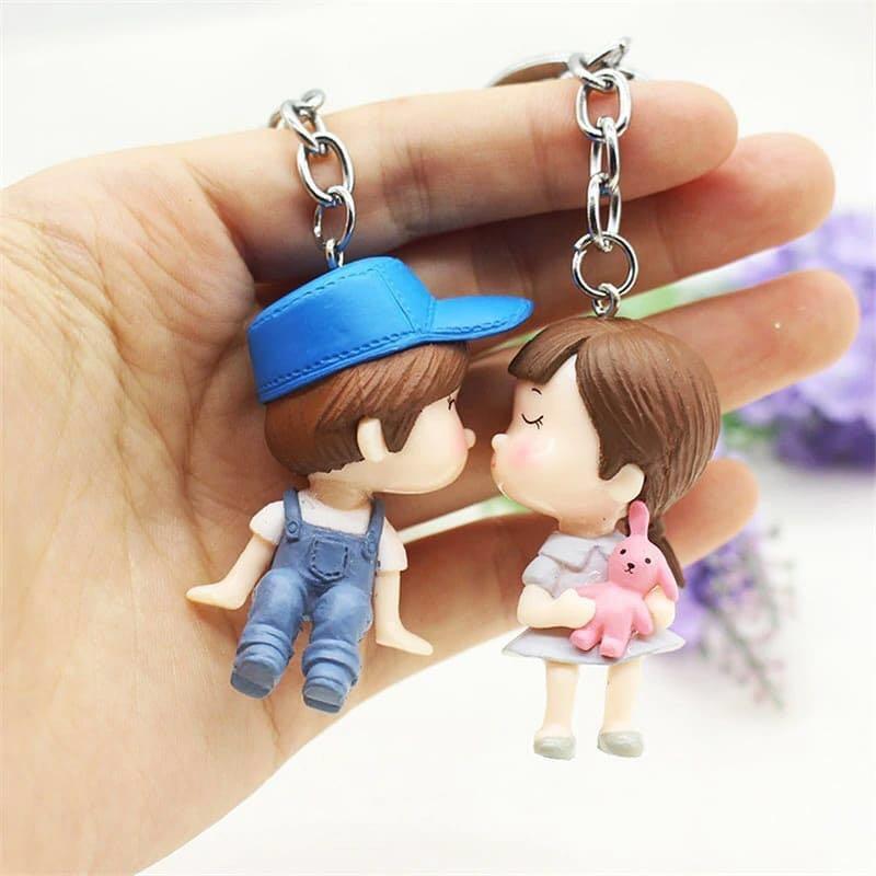 2pcs cute cartoon kiss couple romantic keychain for valentine
