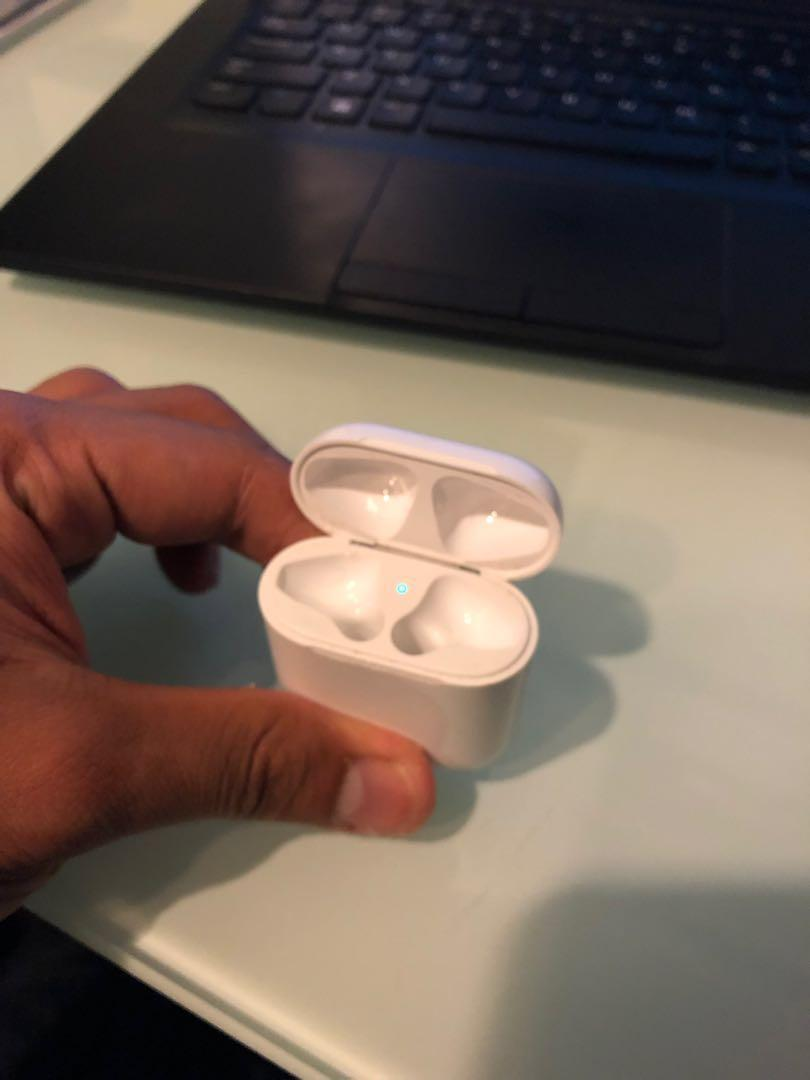 AirPods Charger. Condition 9/10