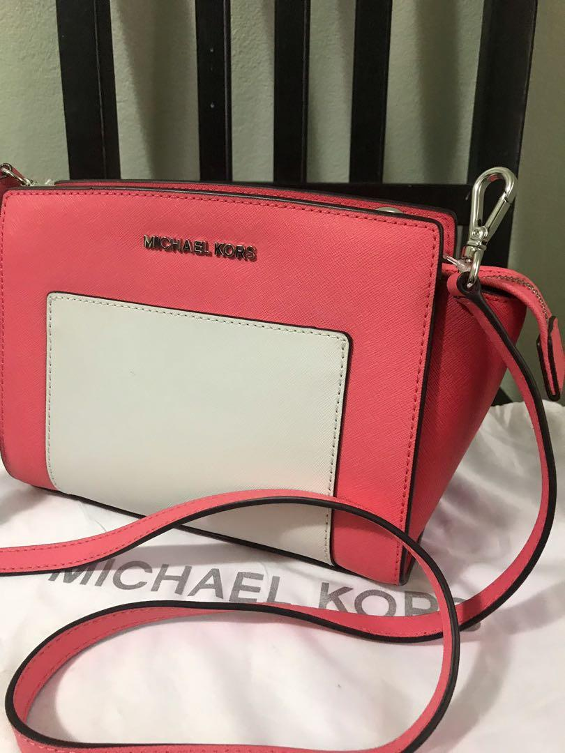 Authentic Michael kors Selma Crossbody bag