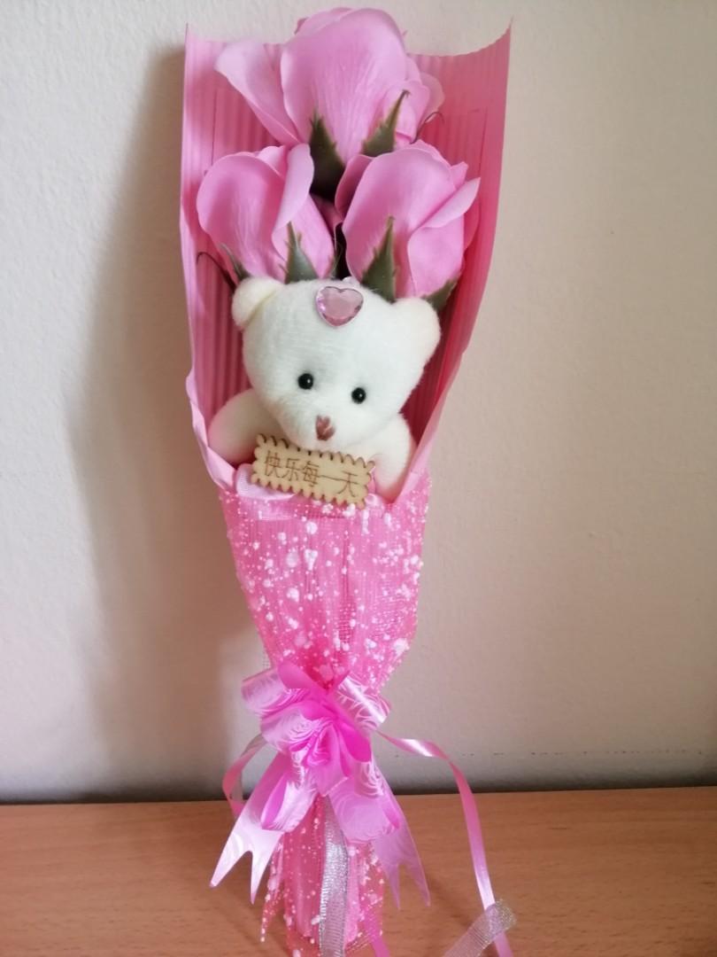 Handmade rose bouquet with bear