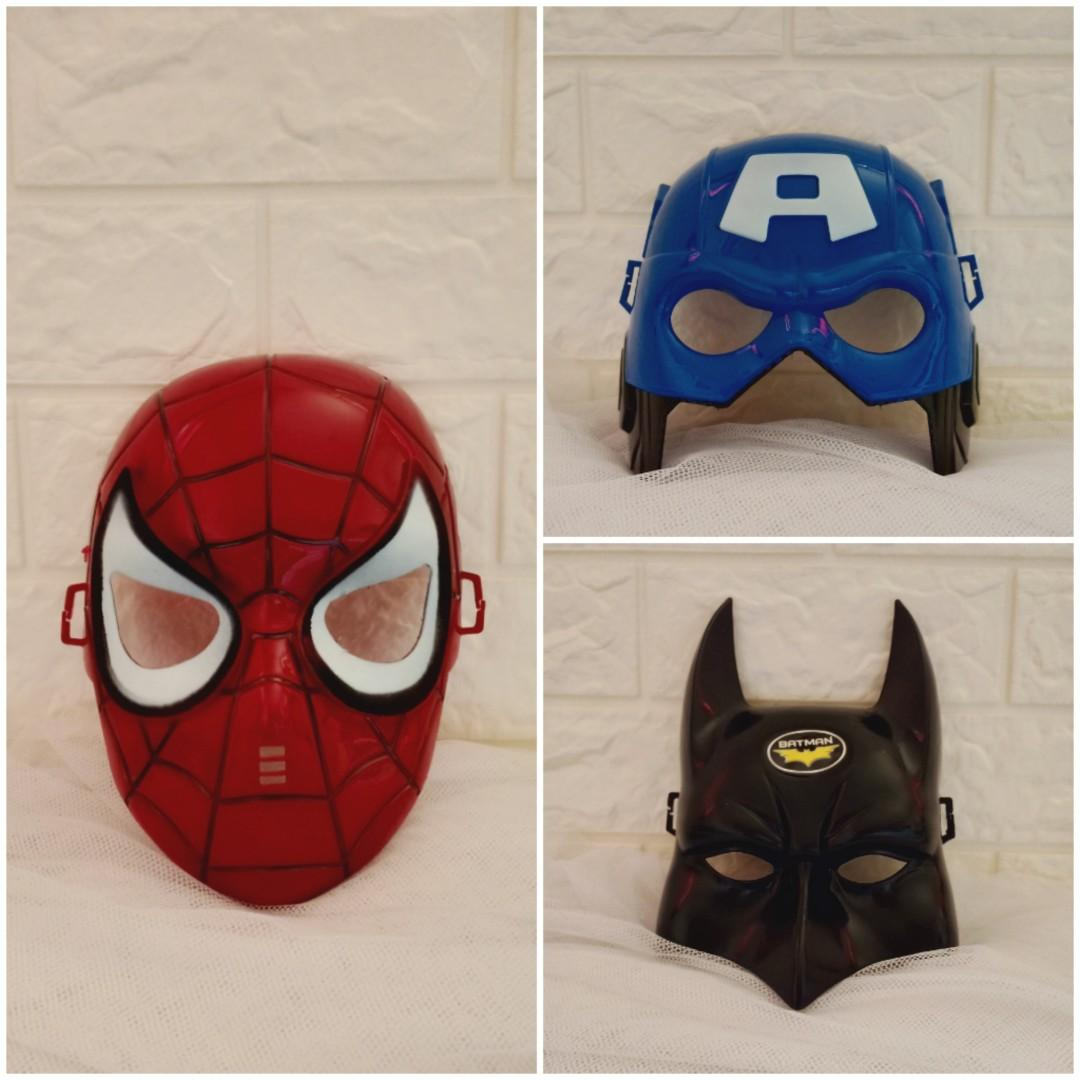 Topeng Plastik Superhero Avengers