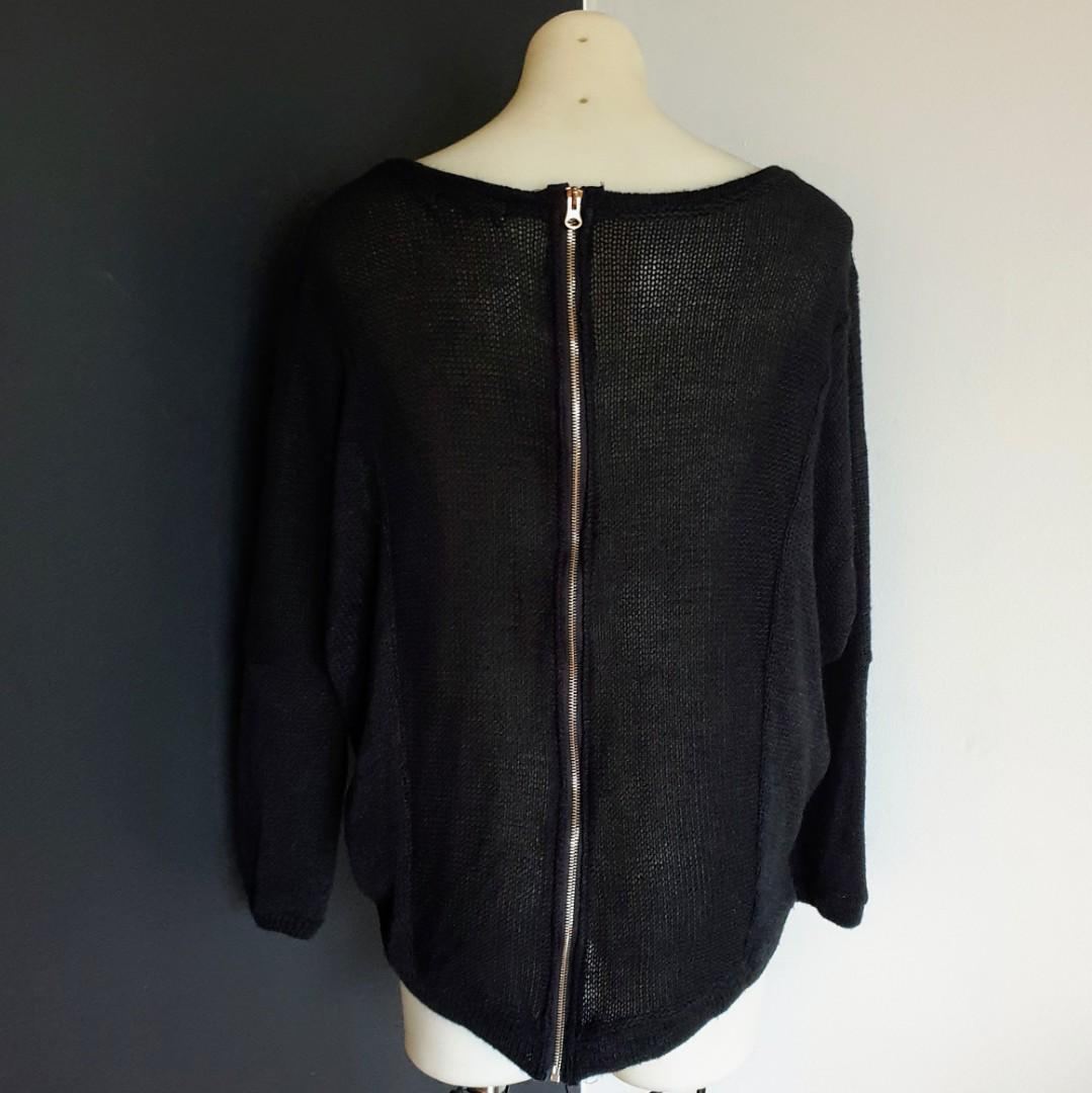 Women's size M 'DAZZLING' Gorgeous black long sleeved knit jumper, exposed zip