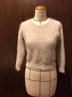 🚚 日本品牌保暖混兔毛短版上衣