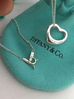 🚚 真品Tiffany&co 經典Open heart心型項鍊S號 近全新