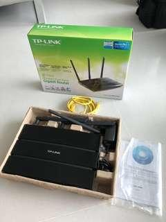 TP Link dual band gigabit wireless router