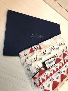 Armani scarf 100% Authentic brand new 全新名牌頸巾披肩絲巾冷氣巾#Gucci#Chanel#Louis Vuitton #Chole#Celine#Balenciaga#Burberry#furla#Monclar#Valentino#Dior#Ferragamo#Loewe#Hermes