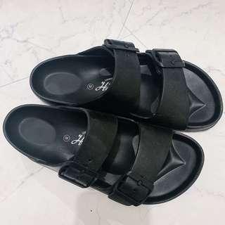 🚚 二手穿過一次/防水拖鞋
