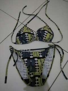 Bikini Wanita Merk Lupa
